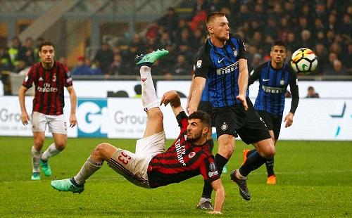 Icardi vô duyên, derby thành Milan bất phân thắng bại