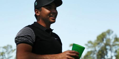 Golfer số 11 thế giới được mời uống bia nhưng vui vẻ từ chối.