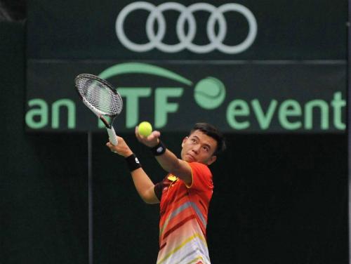 Lý Hoàng Nam cùng các đồng đội đang thi đấu ổn định tại Davis Cup khi được chơi trên sân nhà.