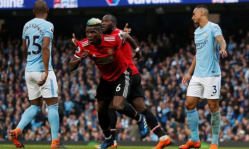 Hai bàn thắng của Pogba tạo cảm hứng cho màn ngược dòng của Man Utd. Ảnh: Reuters.