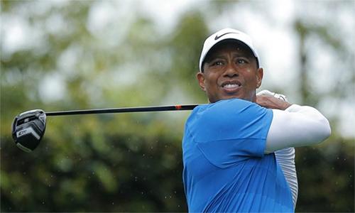 Woods đã hết cơ hội sau vòng thứ ba liên tiếp không thể âm gậy: Ảnh: Reuters.