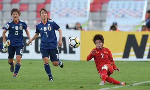 Chơi đầy cố gắng nhưng Việt Nam vẫn thua Nhật Bản với tỷ số đậm. Ảnh: VFF.
