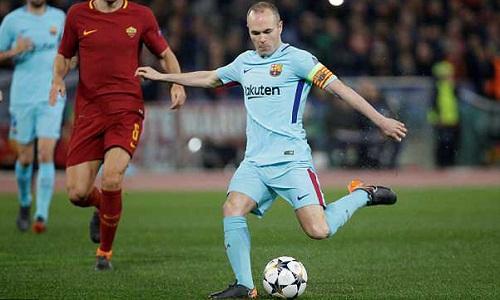 Iniesta thừa nhận có thể không thi đấuở Champions League nữa. Ảnh: Reuters.