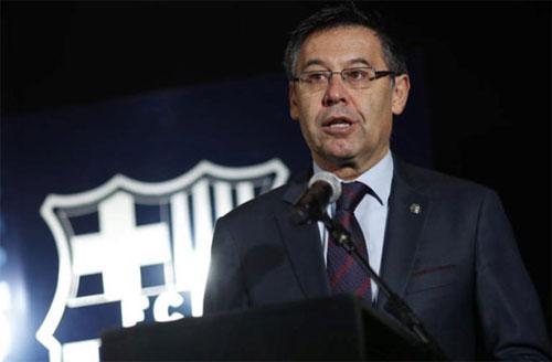 Chủ tịch Barca: 'Chúc mừng Roma, chúng tôi đáng bị loại'
