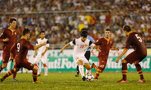 NutiFood từng đồng hành công lứa U19 Việt Nam trong các giải U19 quốc tế, U19 Đông Nam Á. Ảnh: Đức Đồng.