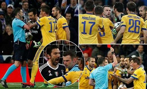 Trọng tài thổi phạt đền cho Real và đuổi Buffon ở phút cuối. Ảnh: Sportsmail.