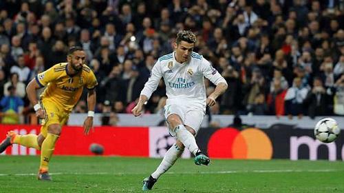 Ronaldo đã ghi 10 bàn vào lưới Juventus. Ảnh: EPA.