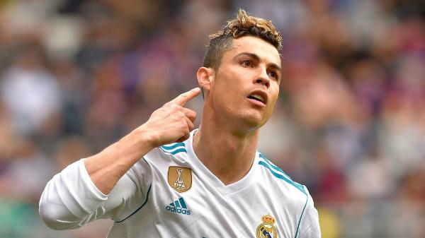 Ronaldo là khắc tinh của Bayern. Ảnh:AFP.