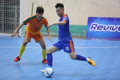 Tiến Dụng, Đức Chinh háo hức đến xem Futsal tại Đà Nẵng từ rất sớm  - 5