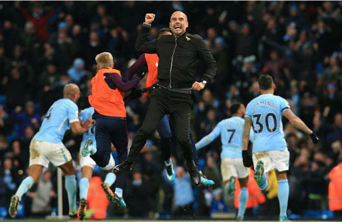 Guardiola cho thấy ông có thể mang thứ bóng đá của mình tới Ngoại hạng Anh và giành chức vô địch. Ảnh:AFP.