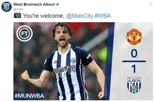 Cầu thủ Man City đồng loạt mừng chức vô địch trên mạng xã hội