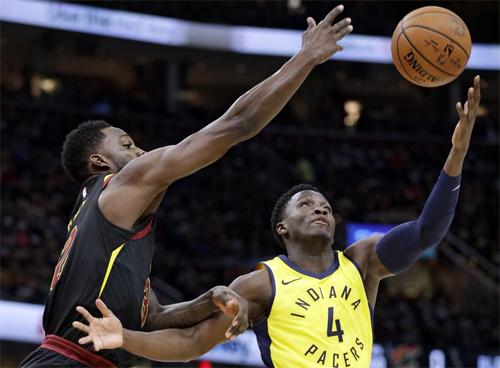 Oladipo là nguồn cảm hứng giúp Pacers ra quân thắng lợi tại vòng play-off. Ảnh: AP.