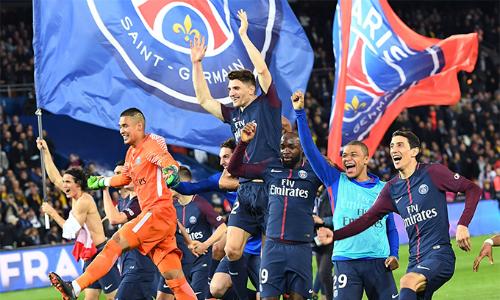 PSG có chức vô địch Ligue I thứ năm trong sáu mùa gần đây. Ảnh: AP.