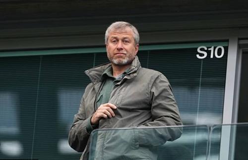 Abramovich muốn phát triển Chelsea trong dài hạn. Ảnh: PA.