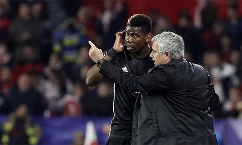 Mối quan hệ giữa Mourinho và Pogba đang ngày càng xấu đi. Ảnh: AP.