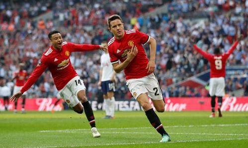 Ander Herrera ghi bàn thắng đưa Man Utd vào chung kết. Ảnh:Reuters.