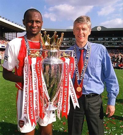Vieira là học trò xuất sắc của Wenger trong thế hệ vô địch bất bại.