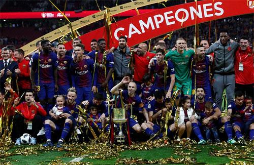Barca có danh hiệu đầu tiên trong mùa giải 2017-2018.