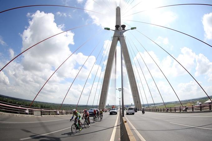 Vẻ đẹp sông nước miền Tây ở chặng 24 giải xe đạp xuyên Việt