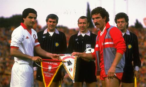 Liverpool - Roma: Hai kẻ lạc thời và nỗi buồn từ tiếng súng năm xưa
