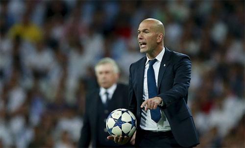 Bất kể HLV nào dẫn dắt Bayern, Zidane luôn đóng vai trò khắc tinh. Ảnh: Reuters