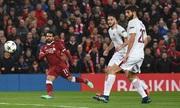CĐV chế giễu Messi, nâng tầm Salah