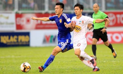 Quảng Nam quyết tâm hạ HAGL để tiếp tục trinh phục hành trình giành chiếc Cup mà họ hụt ở mùa giải trước.