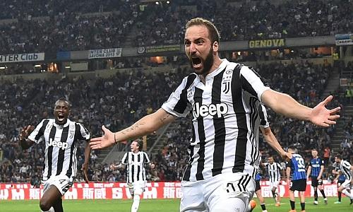 Juventus hạ 10 người Inter nhờ hai bàn trong hai phút cuối