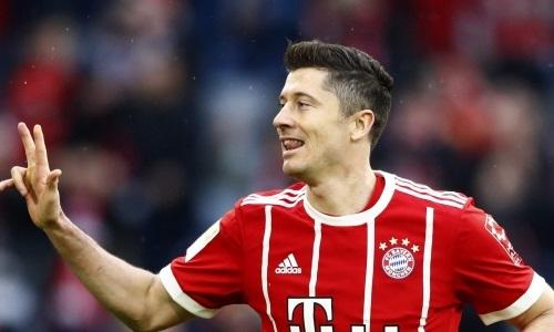 Lewandowski lười tập, nguy cơ dự bị ở lượt về gặp Real