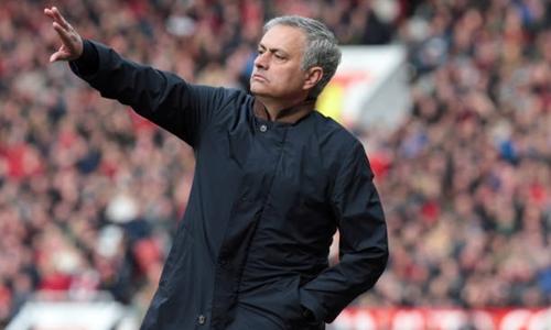 Man Utd chưa có vô địch Ngoại hạng Anh hay Champions League dưới thời Mourinho. Ảnh: PA.