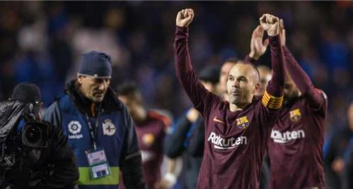 Iniesta quyết định ra đi để các đàn em có cơ hội phát triển, chứ nếu muốn, anhluôn có chỗ trong đội hình của Barca.