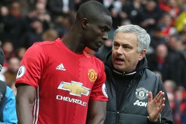 Manchester-United-v-Chelsea-Pr-2821-2993