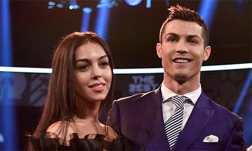 Ronaldo đang có một cuộc sống hạnh phúc và sự nghiệp đầy thành công.