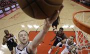 Jazz thắng game 2 bán kết play-off NBA ngay trên sân Rockets