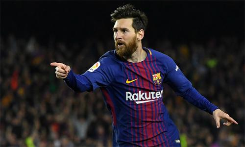 Messi đã có 33 bàn, dẫn đầu danh sách phá lướiLa Liga mùa này, bỏ xa Ronaldo đứng kế sau tới tám bàn. Ảnh: AFP.