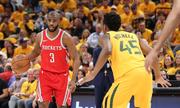 Rockets và Warriors tiến gần chung kết miền Tây NBA