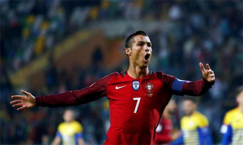 Ronaldo sẽ là đầu tàu của tuyển Bồ Đào Nha ở World Cup 2018. Ảnh: Reuters.