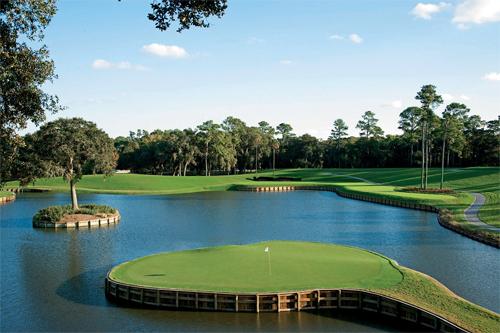 Hố 17 par3 nổi tiếng của sân TPC Sawgrass. Ảnh: PGA.