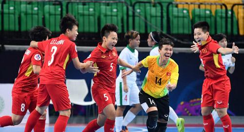 Futsal nữ Việt Nam gây bất ngờ lớn tại giải châu Á.