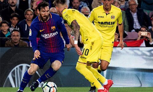 Messi chỉ cần một trong năm bàn của Barcavào lưới Villarreal cũng đủ nới rộng khoảng cách với Salah. Ảnh: Reuters