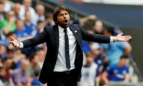 Tương lai của Conte ở Chelsea vẫn là dấu hỏi. Ảnh: PA.