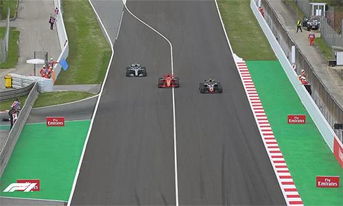 Khoảnh khắc Bottas trở lại đường đua sau khi vào pit và chạy ngay sau Vettel là bước ngoặt,đánh dấu sự thay đổi cục diện cuộc đua, giúp Hamilton có chiến thắng dễ dàng.