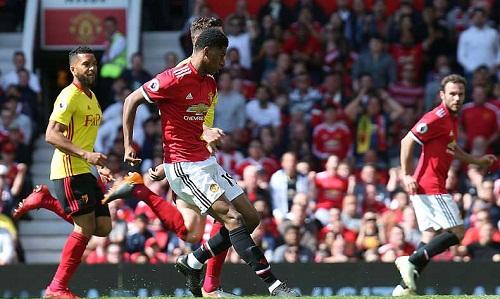 Rashford đệm bóng vào lưới trống sau đường chuyền dọn cỗcủa Mata. Ảnh: Man Utd.