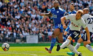 Tottenham giữ vị trí thứ ba sau màn rượt đuổi có chín bàn thắng