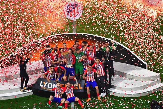 Torres giành danh hiệu đầu tiên cùng Atletico sau 11 mùa giải