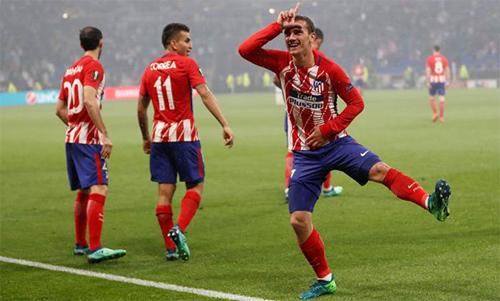 Griezmann có kiểu chia vui độc đáo sau mỗi bàn thắng. Ảnh: Reuters