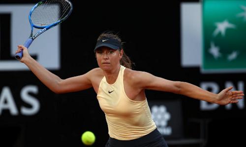 Sharapova thay đổi chiến thuật hợp lý để hạ Gavrilova. Ảnh: Rome Masters.