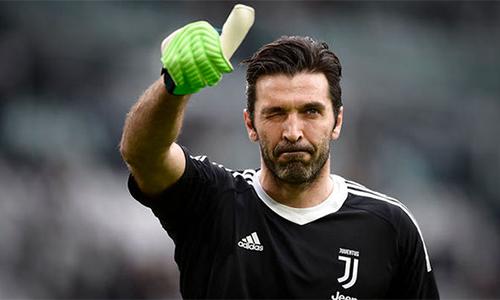 Với Buffon, Juventus giống như một câu chuyện tình, mà anh gắn bó cả trong những thời khắc hân hoan nhất lẫn buồn tủi nhất.