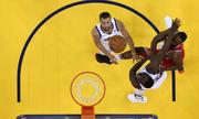 Warriors thắng Rockets cách biệt 41 điểm tại game 3