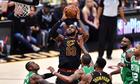 LeBron James ghi 44 điểm, Cavaliers hạ Celtics ở game 4